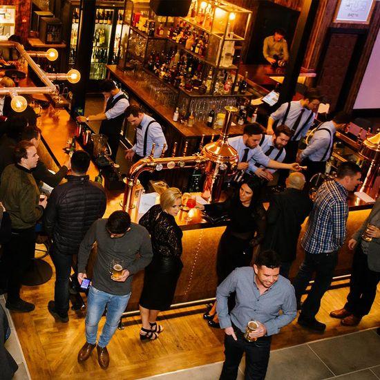 1842 Bar & Restaurant