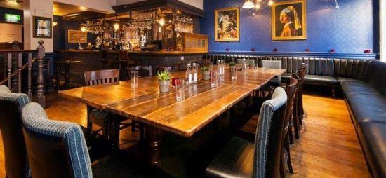 De Hems Dutch Cafe Bar