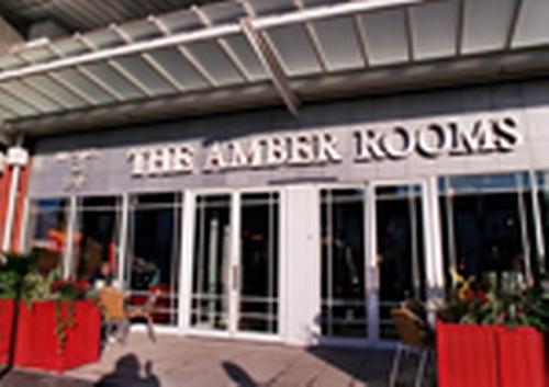 Lloyds No1 - Amber Rooms