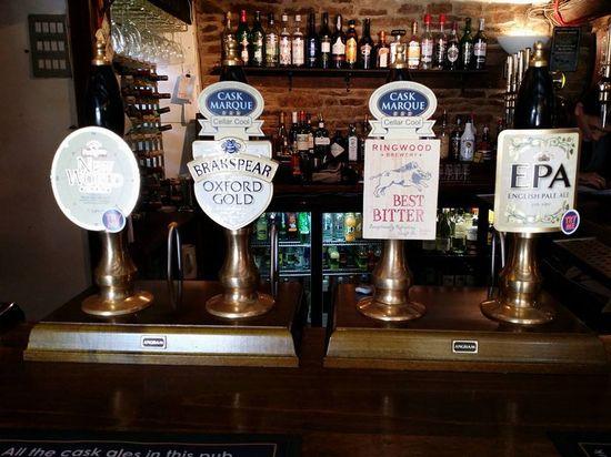 Clanfield Tavern