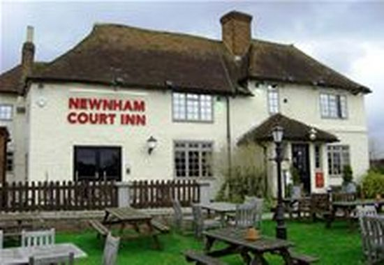 Newnham Court Inn