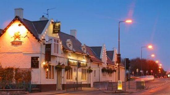 Old Cross Inn