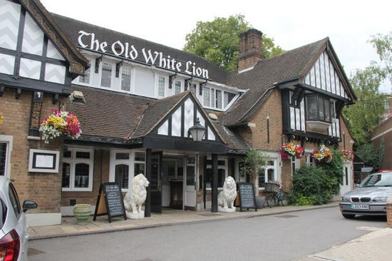 Old White Lion