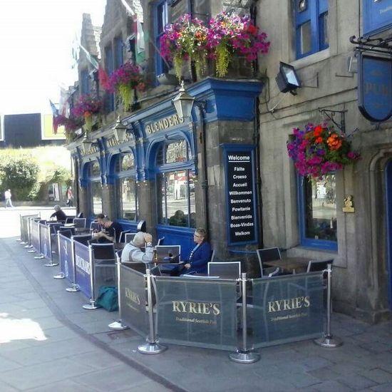 Ryries Bar