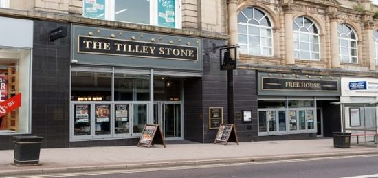 Tilley Stone